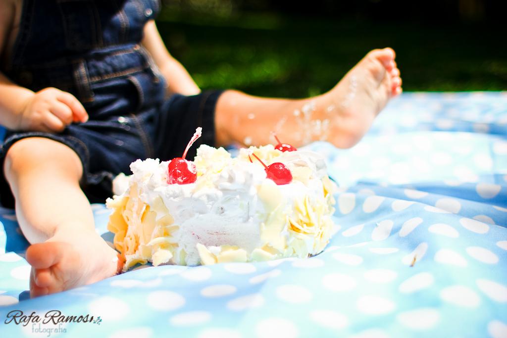 ensaio smash the cake, ensaio divertido, ensaio criativo, smash the cake, Fotografia de Familia, ensaio externo, São paulo, SP, ensaio fotografico, esmague o bolo, ensaio bebê com bolo, fotografia de casamento, Rafa Ramos Fotografia de casamento e família, Rafa Fotos, Rafa fotografo, melhores fotografos de casamento do brasil,Smash the cake - Felipe (10)