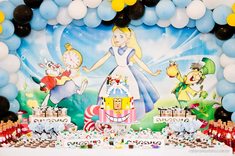 Fotografia de aniversário, Alice no Pais das Maravilhas, Aniversário da Alice, Decoração Alice, Festa em Cotia, Fotografo Cotia, fotografia em Cotia, Fotografia infantil em Cotia, Rafa Ramos Fotografia,IMG_1559