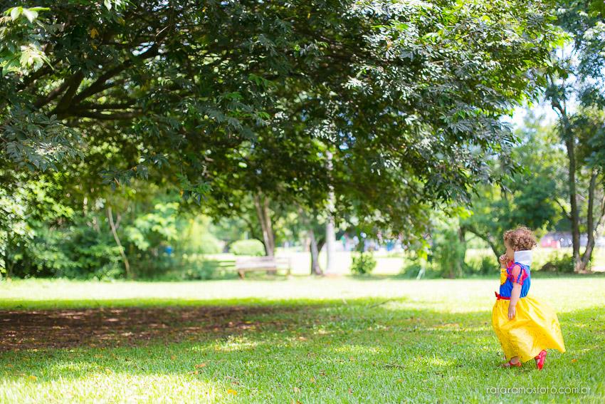 ensaio de família, ensaio divertido, ensaio criativo, book de familia, Fotografia de Familia, ensaio externo, São paulo, SP, ensaio fotografico, fotos de família, fotografo de família, fotografia de casamento, Rafa Ramos Fotografia de casamento e família, Rafa Fotos, Rafa fotografo,Ensaio no Parque, Ensaio no VIlla Lobos, Parque Villa Lobos, Fotografo zona oeste, melhores fotografos de casamento do brasil,Ensaio_Rafaella_2anos_134
