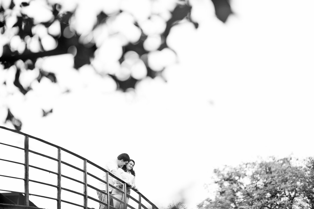 Ensaio de casal, ensaio pré-casamento, Ensaio de casal diferente, ensaio de casal no parque, ensaio no museu, Ensaio no restaurante, ensaio de casal no parque do ibirapuera, ensaio externo, ensaio fotografico,ensaio no campo, fotografo, casamento, fotografo de casamento, noivos, noivo, noiva, pre-casamento, save the date, fotografia criativa, fotografia de casamento, fotos de casamento,Rafael fotografo,Rafael foto, fotografo em Paranapiacaba, blog de fotografia, casamento RJ, casamento SP, casamento MG, Rafa Ramos Fotografia, Melhores Fotógrafos de Casamento do Mundo, Melhores Fotógrafos de Casamento de SP , Rafa Fotos , Rafa fotografo, Rafa Ramos Fotografo de casamento e Família, fotografo de casamento premiado internacional,Ensaio-de-casal-ibirapuera-fotografia-de-casamento-00009