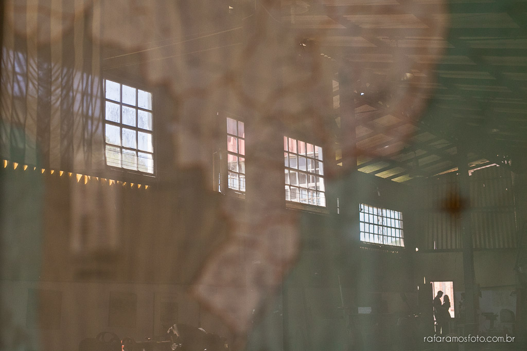 Ensaio de casal, ensaio pré-casamento, Ensaio de casal diferente, ensaio de casal no parque, ensaio no museu, Ensaio no restaurante, ensaio de casal em Paranapiacaba,, ensaio externo, ensaio fotografico,ensaio no campo, fotografo, casamento, fotografo de casamento, noivos, noivo, noiva, pre-casamento, save the date, fotografia criativa, fotografia de casamento, fotos de casamento,Rafael fotografo,Rafael foto, fotografo em Paranapiacaba, blog de fotografia, casamento RJ, casamento SP, casamento MG, Rafa Ramos Fotografia, Melhores Fotógrafos de Casamento do Mundo, Melhores Fotógrafos de Casamento de SP , Rafa Fotos , Rafa fotografo, Rafa Ramos Fotografo de casamento e Família, fotografo de casamento premiado internacional,Ensaio-de-casal-paranapiacaba-ensaio-pre-casamento-rafael-foto-fotografo-de-casamento-00017