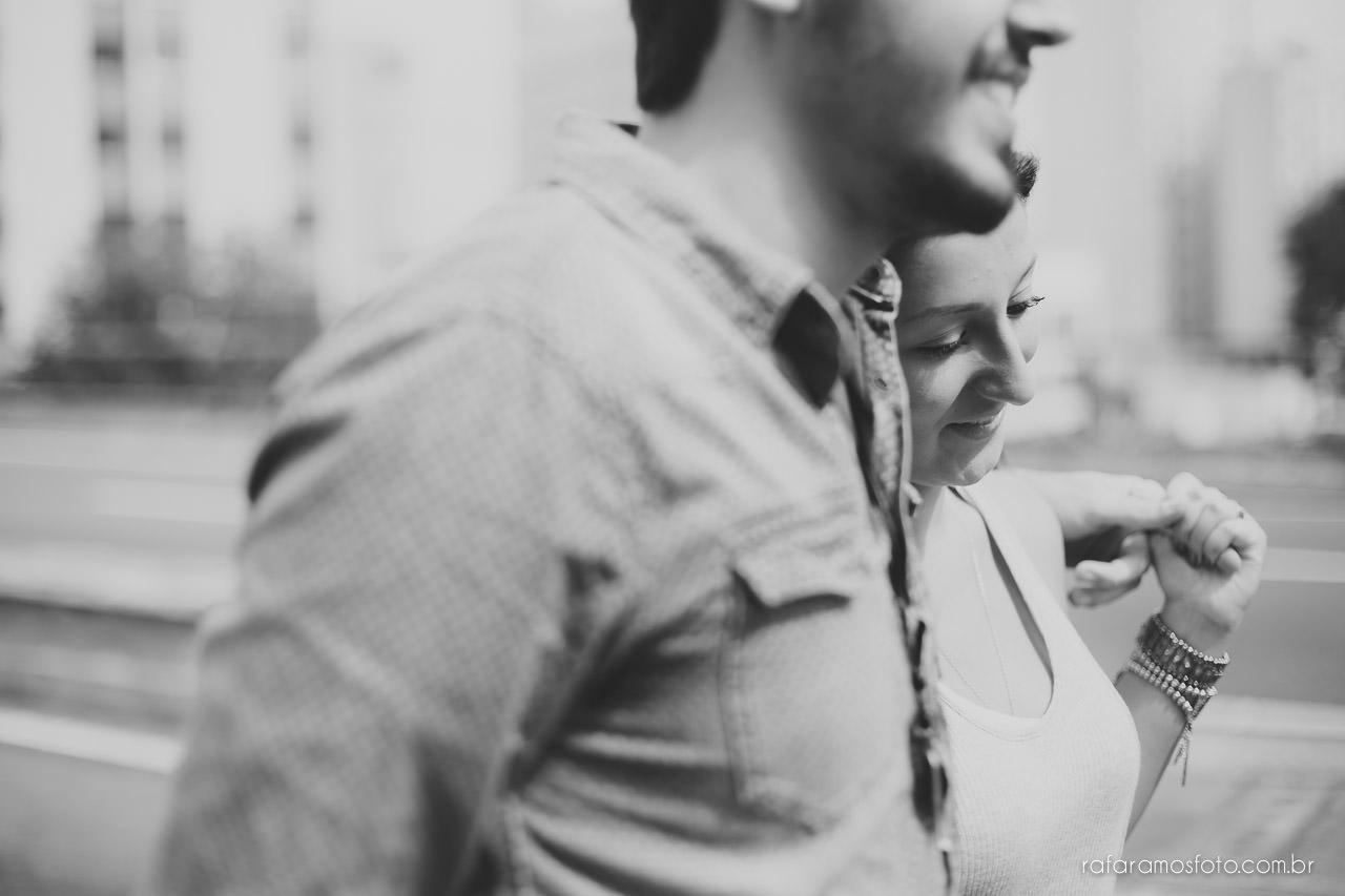 Ensaio de casal no Minhocão, ensaio de casal urbano, Photographe de mariage brésil, ensaio de noivos, foto noivado, book noivado, fotos noivos, pedido de casamento,book noivos, ensaio na rua, ensaio externo, ensaio fotografico, fotógrafo, casamento, fotografo de casamento, noivos, noivo, noiva, save the date, fotos de casamento,Rafael fotografo,Rafael foto, casamento RJ, casamento SP, casamento MG, Rafa Ramos Fotografia,Melhores Fotógrafos de Casamento de SP , Rafa Fotos , Rafa fotografo, Rafa Ramos Fotografo de casamento e Família, fotografo de casamento premiado internacional,Ensaio-de-casal-ensaio-de-noivado-ensaio-pre-casamento-minhocao-sao-paulo-pedido-de-noivado-Rafa-Ramos-fotografo-de-casamento-0004