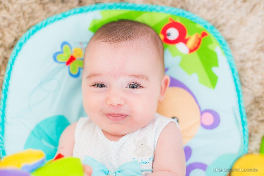 Ensaio de bebê acompanhamento infantil ensaio de familia em casa bebê 3 meses ensaio fotografia de família book bebê book familia Rafa Ramos fotografia Nina-3meses-00020