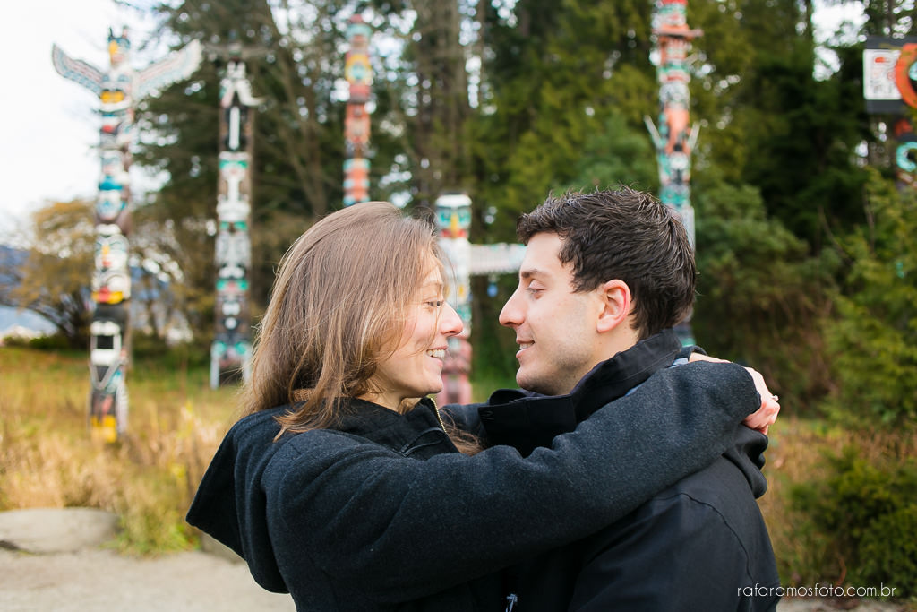 Engagement Session Vancouver BC e-session vancouver canada destination wedding photographer Vancouver 00002
