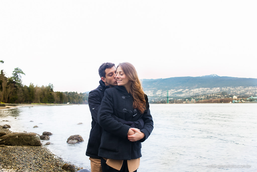 Engagement Session Vancouver BC e-session vancouver canada destination wedding photographer Vancouver 00003