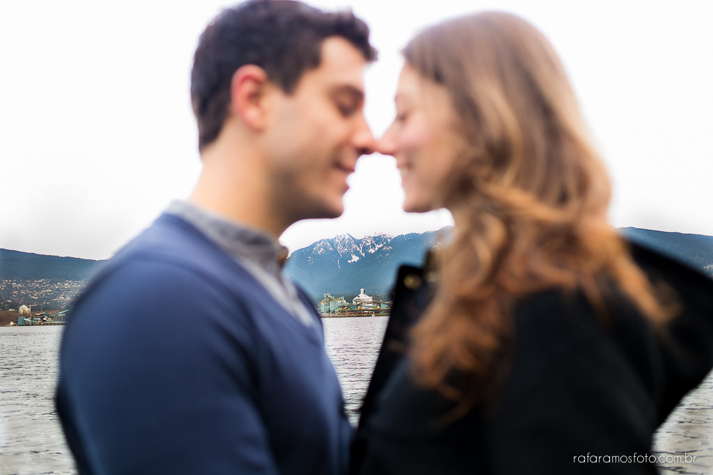 Engagement Session Vancouver BC e-session vancouver canada destination wedding photographer Vancouver 00006