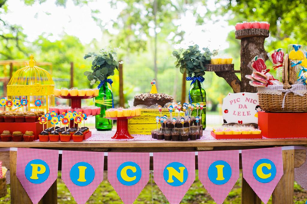 Picnic-na-praça-festa-infantil-ao-ar-livre-decoração-festa-infantil-festa-na-praça-festa-no-parque-praça-para-festa-em-SP