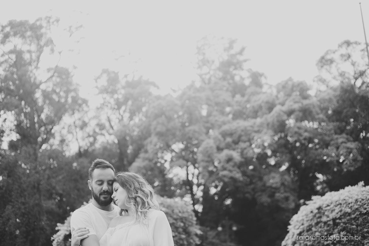 fotografo para casamento, ensaio de casal diferente, ensaio de casal criativo,Ensaio-casal-pre-casamento-sp-museu-do-ipiranga-parque-da-independencia-fotografo-de-casamento-sao-paulo-00015