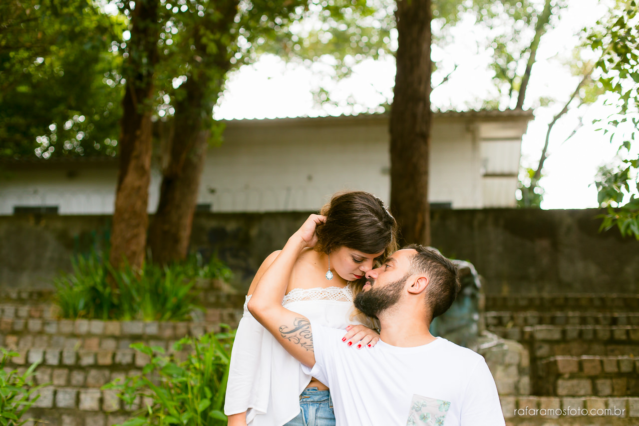 fotografo para casamento, ensaio de casal diferente, ensaio de casal criativo,Ensaio-casal-pre-casamento-sp-museu-do-ipiranga-parque-da-independencia-fotografo-de-casamento-sao-paulo-00018