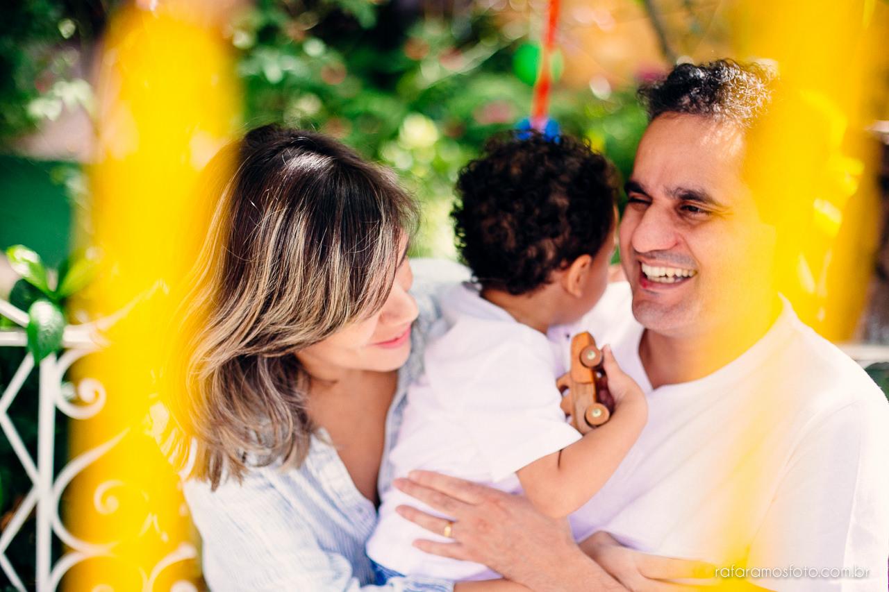 ensaio-de-familia-aclimacao-ensio-de-familia-ensaio-documental-de-familia-divertido-ensaio-lifestyle-ensaio-de-familia-em-casa-fotografia-de-familia-rafa-ramos-fotografo-de-casamento-e-familia-em-sp-casa-lila-00005