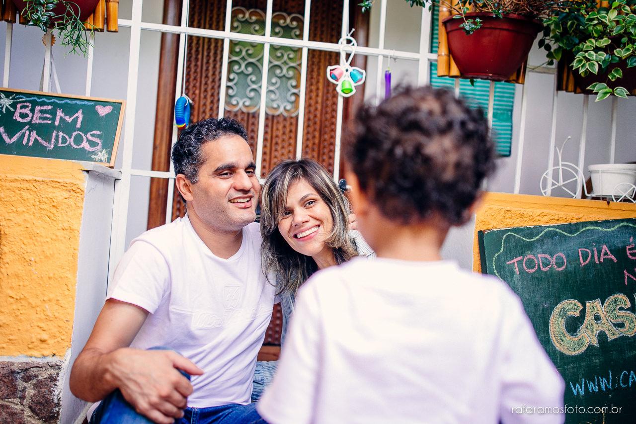ensaio-de-familia-aclimacao-ensio-de-familia-ensaio-documental-de-familia-divertido-ensaio-lifestyle-ensaio-de-familia-em-casa-fotografia-de-familia-rafa-ramos-fotografo-de-casamento-e-familia-em-sp-casa-lila-00009