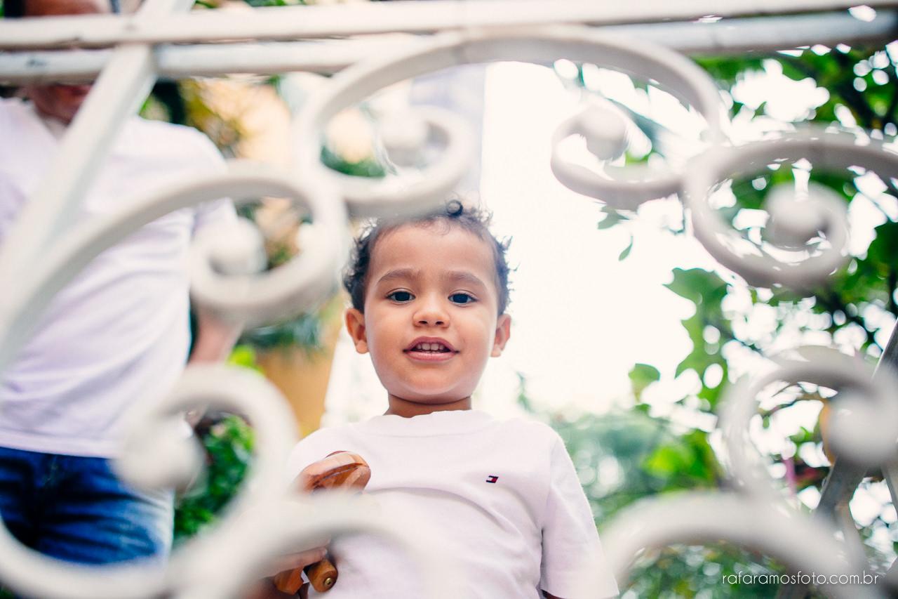 ensaio-de-familia-aclimacao-ensio-de-familia-ensaio-documental-de-familia-divertido-ensaio-lifestyle-ensaio-de-familia-em-casa-fotografia-de-familia-rafa-ramos-fotografo-de-casamento-e-familia-em-sp-casa-lila-00017