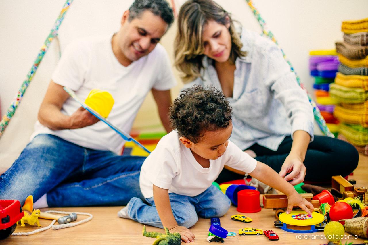 ensaio-de-familia-aclimacao-ensio-de-familia-ensaio-documental-de-familia-divertido-ensaio-lifestyle-ensaio-de-familia-em-casa-fotografia-de-familia-rafa-ramos-fotografo-de-casamento-e-familia-em-sp-casa-lila-00020