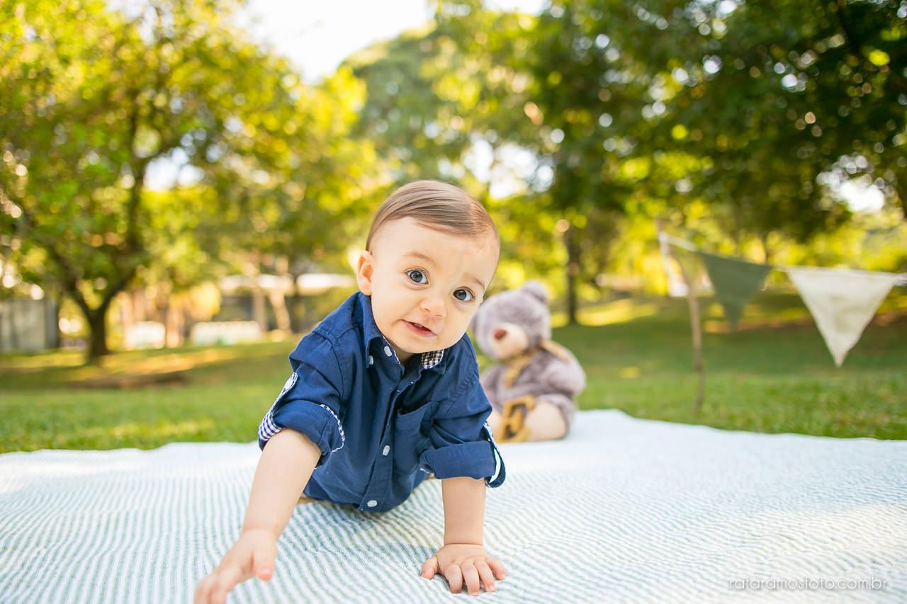 ensaio-smash-the-cake-ensaio-bebe-com-bolo-ensaio-bebe-no-parque-ensaio-de-familia-ensaio-divertido-fotografo-de-familia-sp-00014