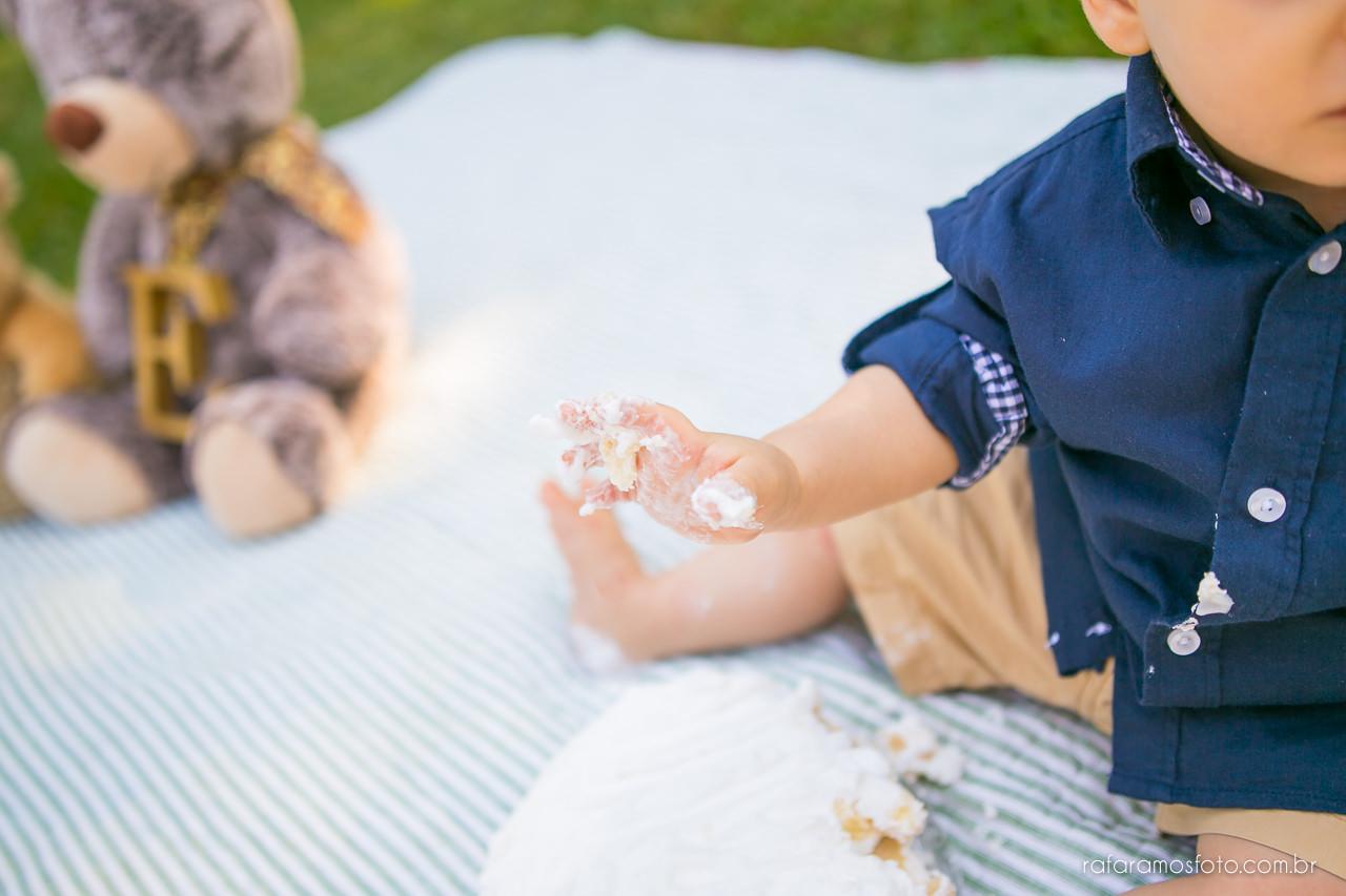 ensaio-smash-the-cake-ensaio-bebe-com-bolo-ensaio-bebe-no-parque-ensaio-de-familia-ensaio-divertido-fotografo-de-familia-sp-00017
