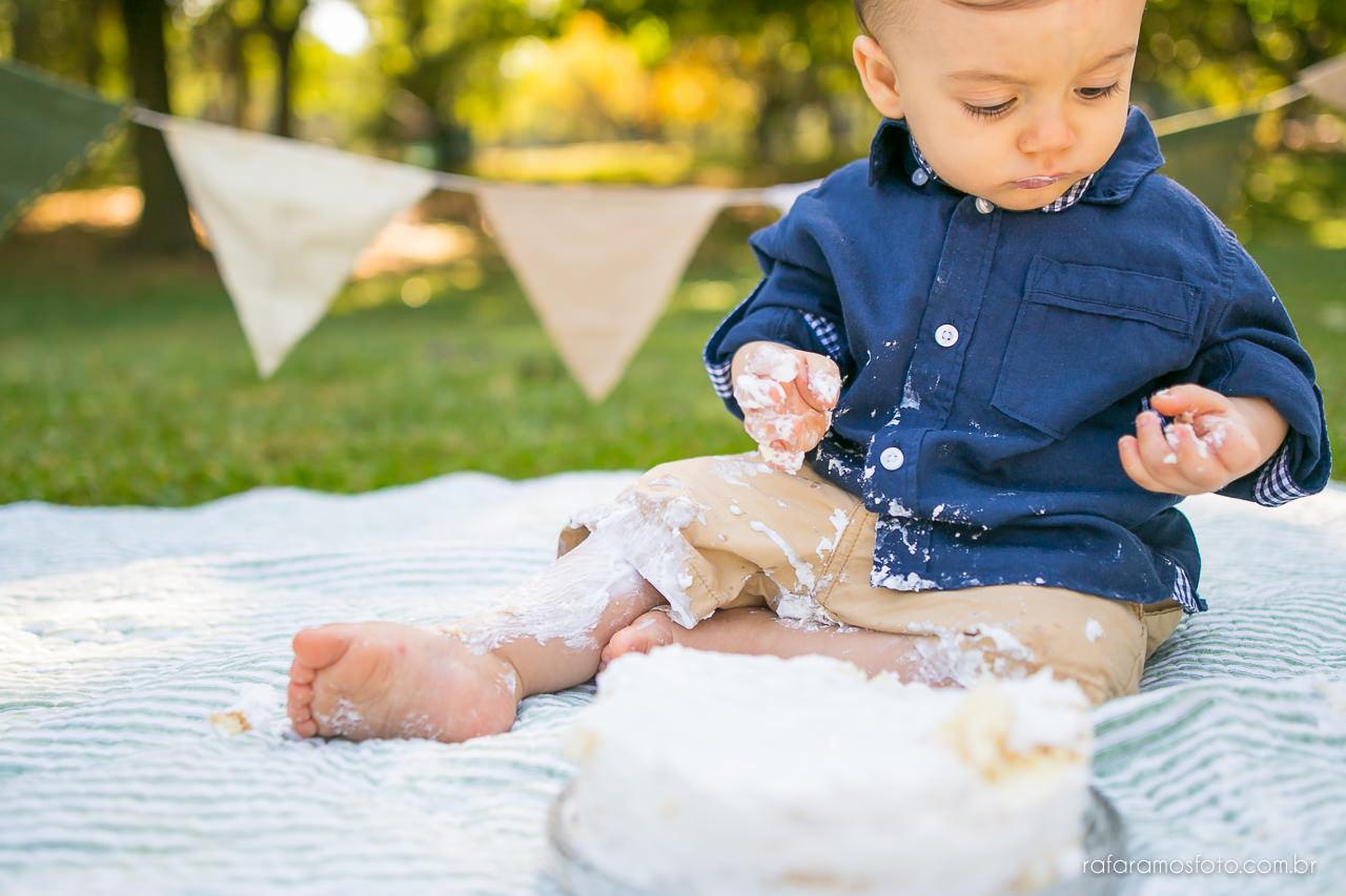 ensaio-smash-the-cake-ensaio-bebe-com-bolo-ensaio-bebe-no-parque-ensaio-de-familia-ensaio-divertido-fotografo-de-familia-sp-00021