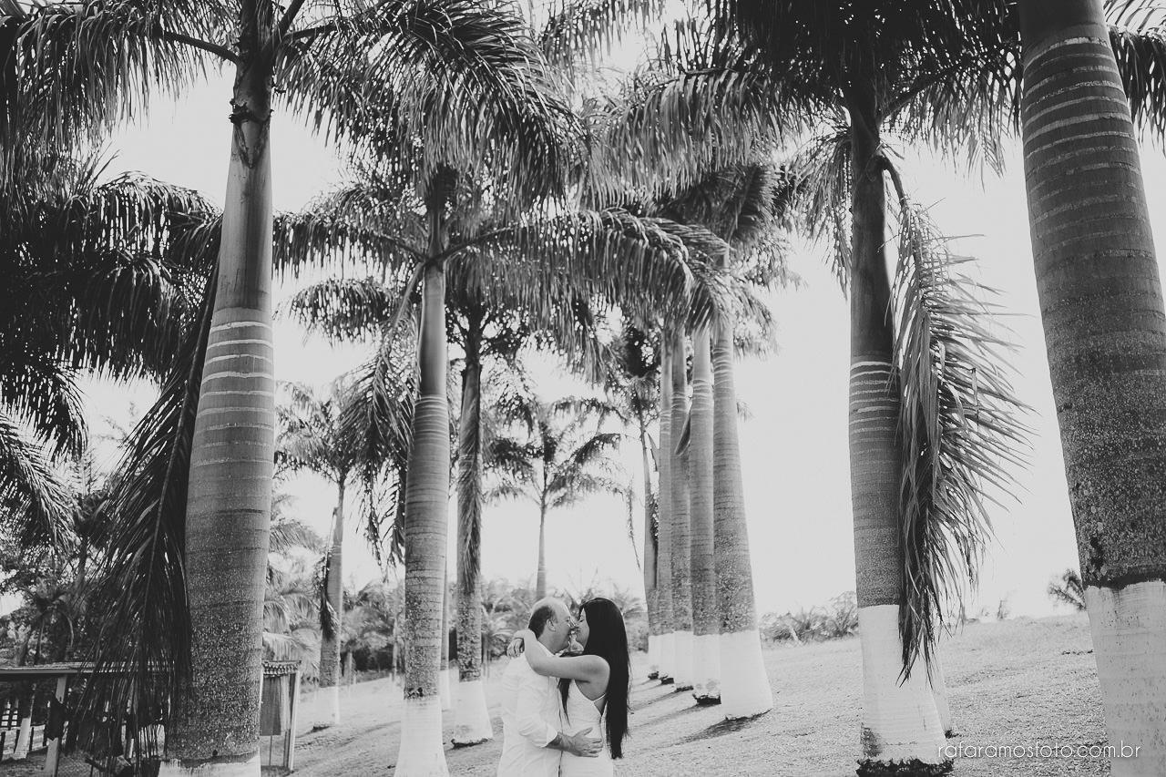 ensaio-de-casal-em-iguape-fotografo-de-casamento-ilha-comprida-casamento-fotografo-em-registro-sp-ensaio-na-fazenda-ensaio-no-sitio-00008