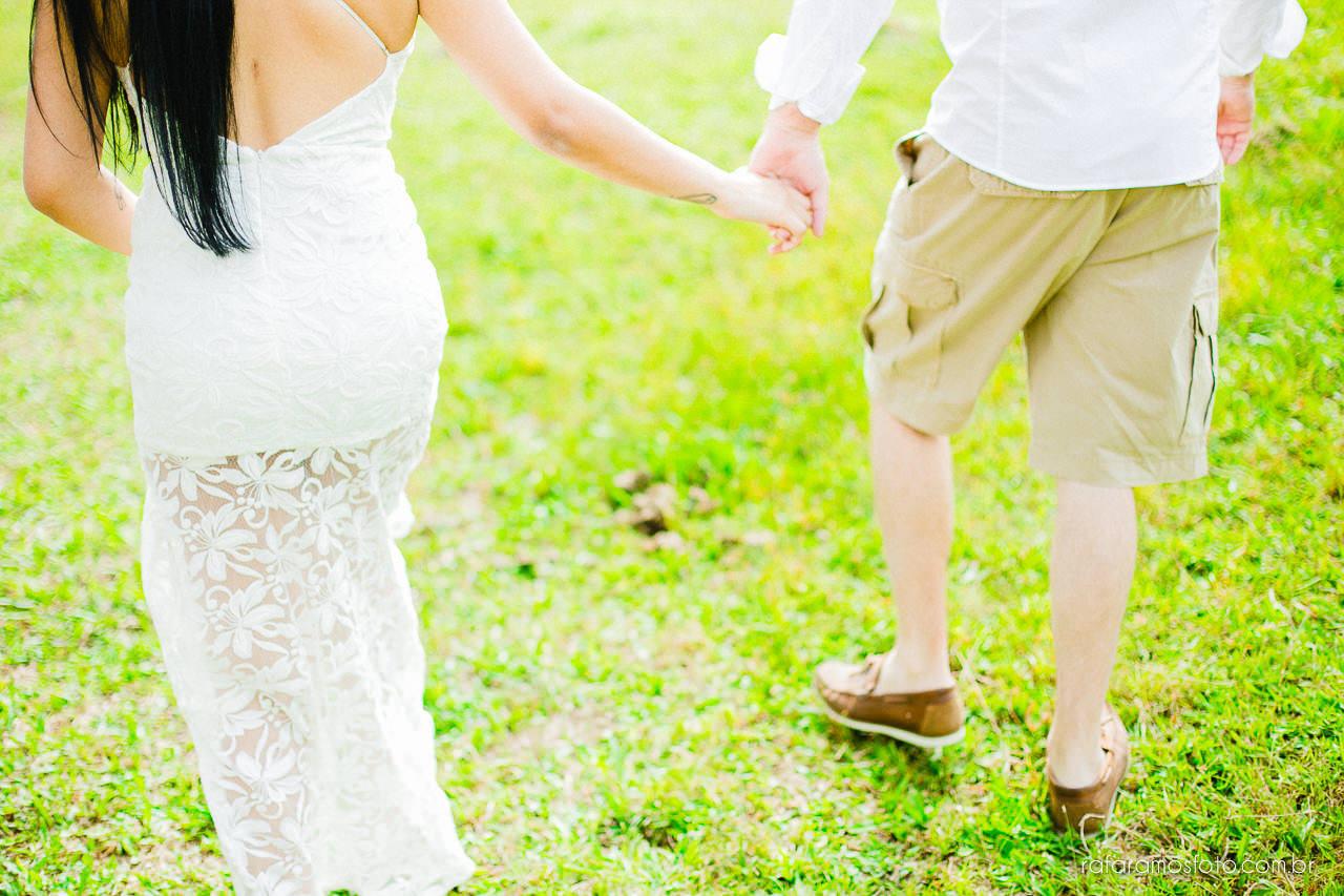 ensaio-de-casal-em-iguape-fotografo-de-casamento-ilha-comprida-casamento-fotografo-em-registro-sp-ensaio-na-fazenda-ensaio-no-sitio-00012