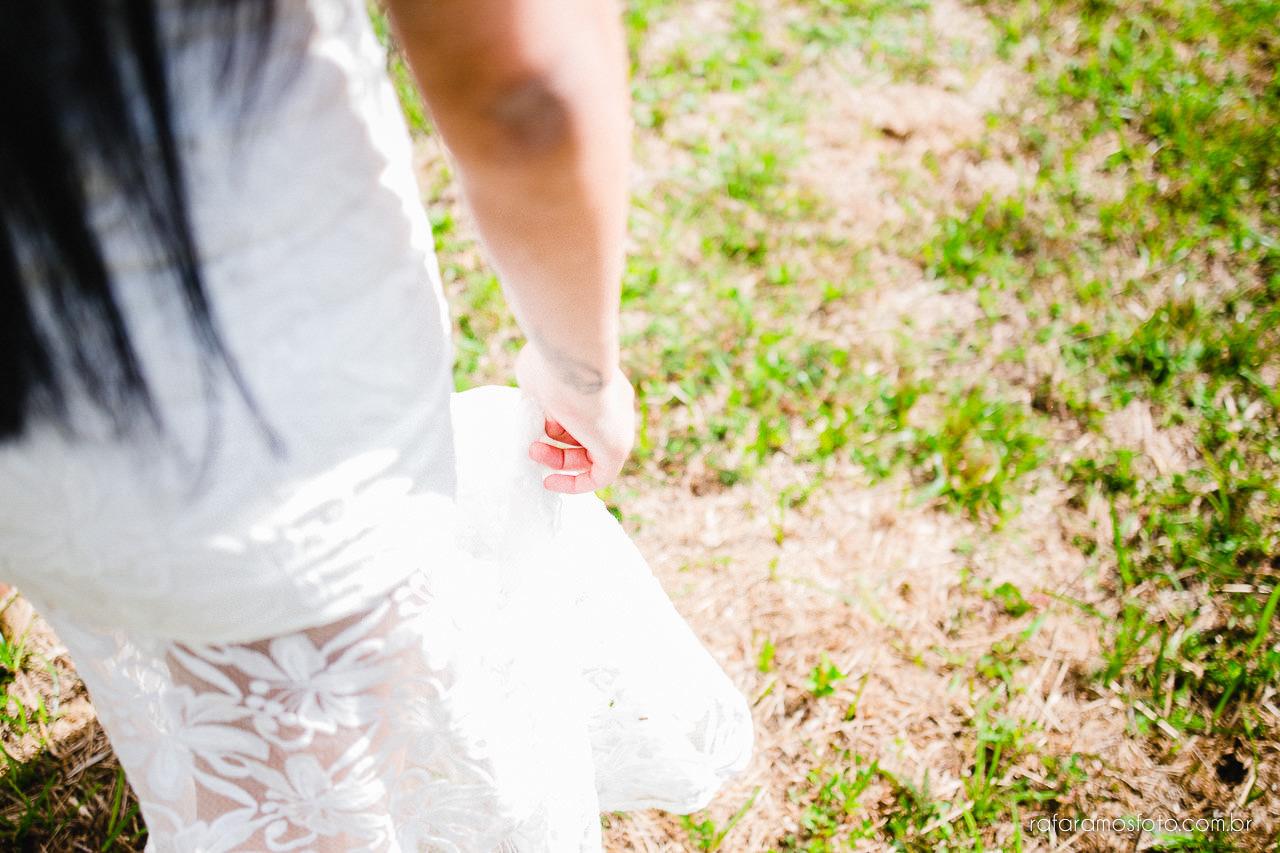 ensaio-de-casal-em-iguape-fotografo-de-casamento-ilha-comprida-casamento-fotografo-em-registro-sp-ensaio-na-fazenda-ensaio-no-sitio-00013-1