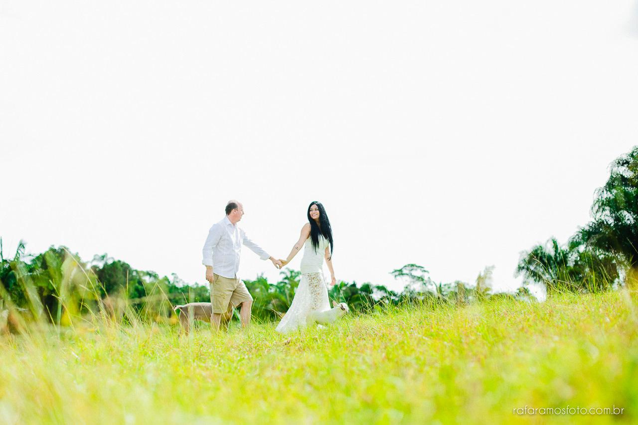 ensaio-de-casal-em-iguape-fotografo-de-casamento-ilha-comprida-casamento-fotografo-em-registro-sp-ensaio-na-fazenda-ensaio-no-sitio-00013