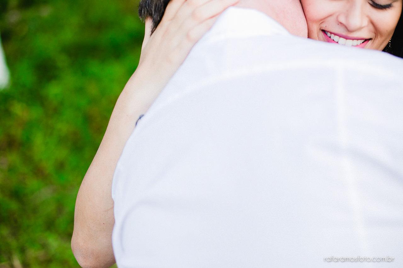 ensaio-de-casal-em-iguape-fotografo-de-casamento-ilha-comprida-casamento-fotografo-em-registro-sp-ensaio-na-fazenda-ensaio-no-sitio-00021