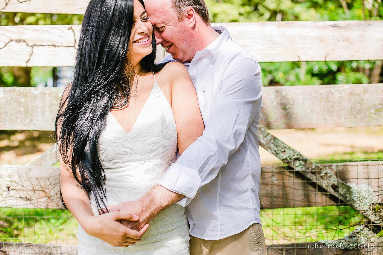 ensaio-de-casal-em-iguape-fotografo-de-casamento-ilha-comprida-casamento-fotografo-em-registro-sp-ensaio-na-fazenda-ensaio-no-sitio-00022