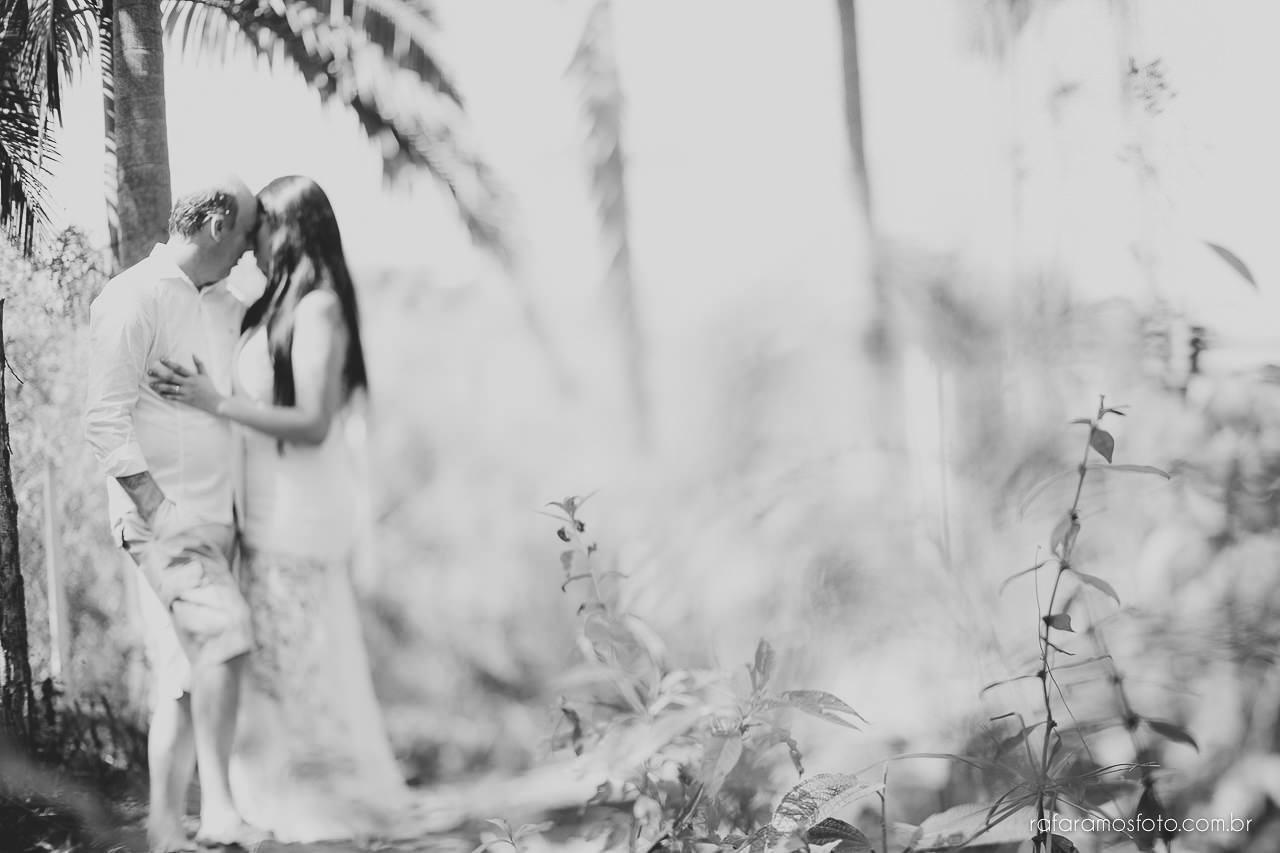 ensaio-de-casal-em-iguape-fotografo-de-casamento-ilha-comprida-casamento-fotografo-em-registro-sp-ensaio-na-fazenda-ensaio-no-sitio-00024