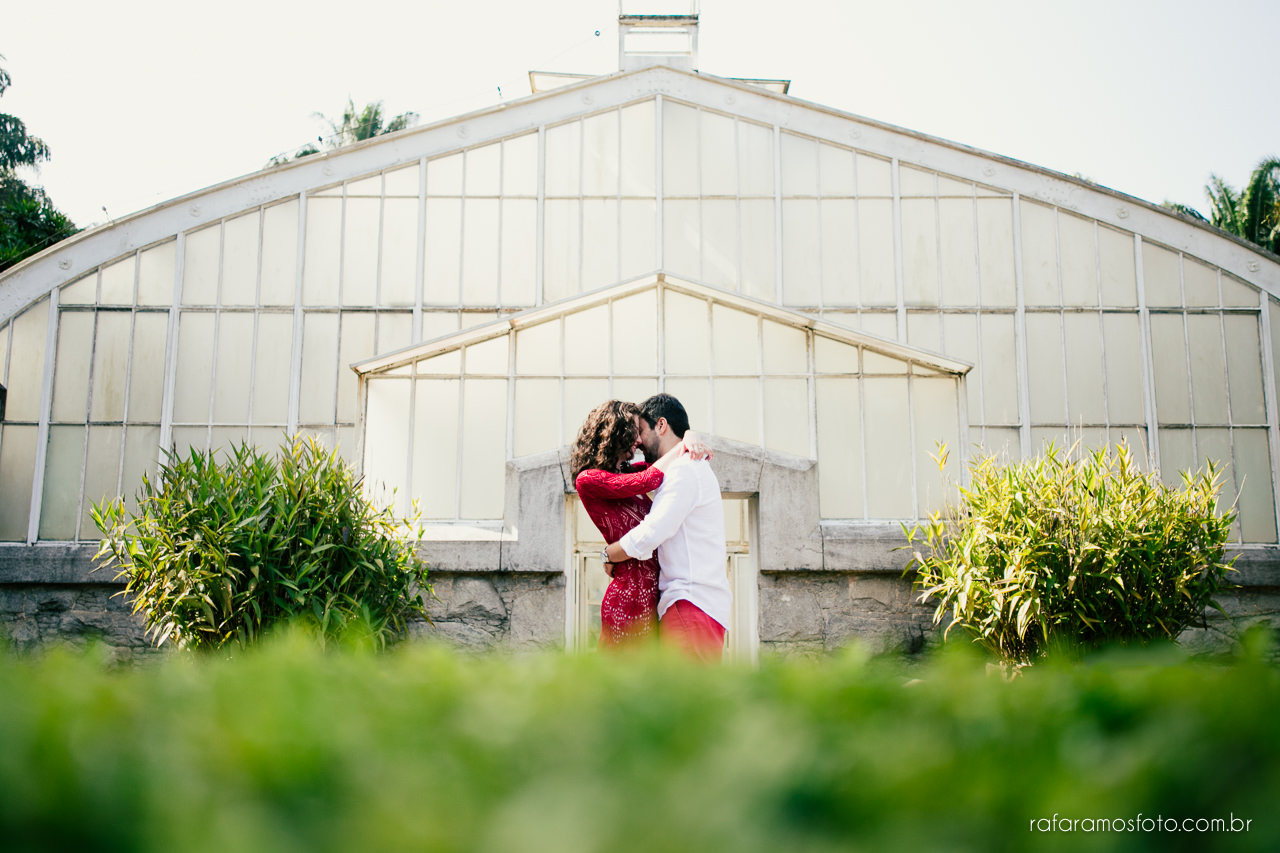 ensaio-de-casal-no-parque-ensaio-de-casal-romantico-ensaio-pre-casamento-ao-ar-livre-fotografo-de-casamento-sp-fotografia-de-casamento-ensaio-jardim-botanico-sp-ensaio-noivos-priscila-e-ricardo-00002ensaio-de-casal-no-parque-ensaio-de-casal-romantico-ensaio-pre-casamento-ao-ar-livre-fotografo-de-casamento-sp-ensaio-noivos-priscila-e-ricardo-00011
