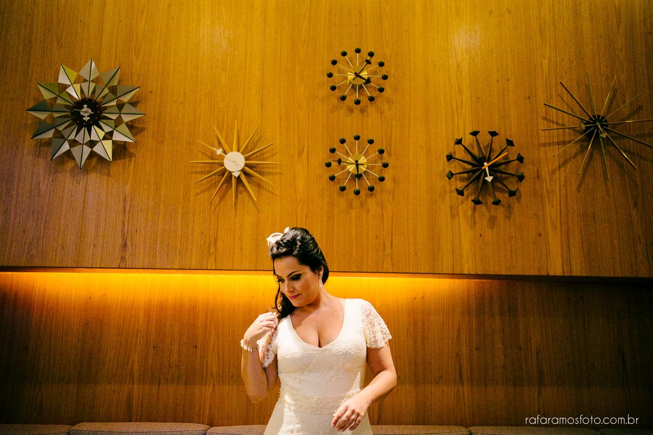vestido de noiva,Mini wedding, felix bistrot, casamento intimista, casamento no felix bistrot, Casamento no restaurante, inspiração Casamento, Decoraçnao casamento, fotografo de casamento, granja viana, Rafa Ramos Fotografia de casamento e família -00013