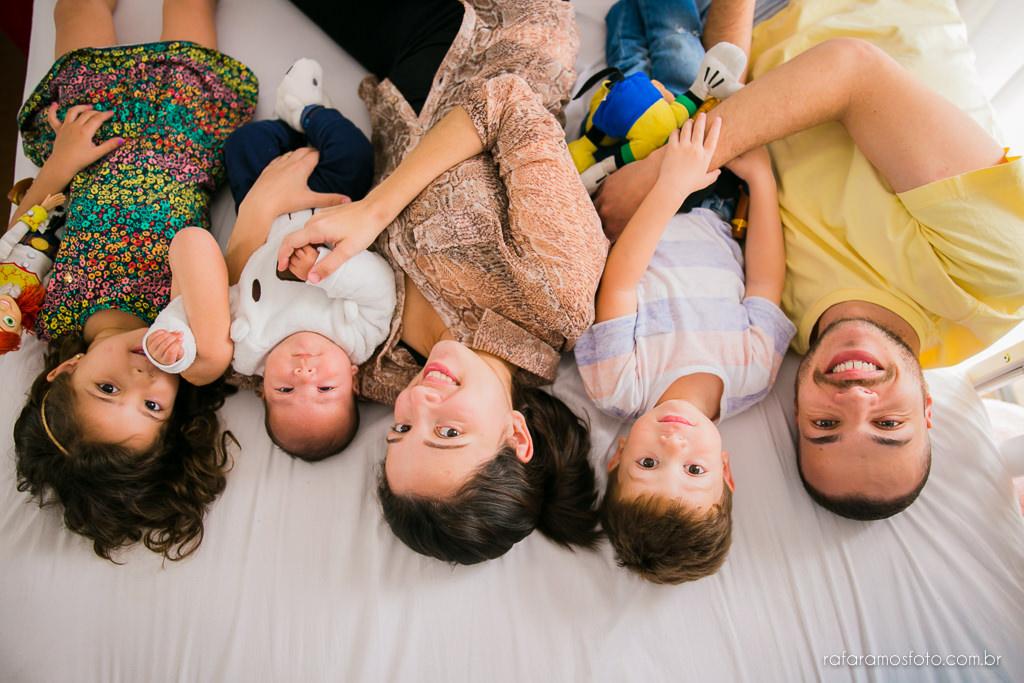 acompanhamento infantil,ensaio de família,ensaio em casa, fotografia documental de família, ensaio lifestyle, fotógrafo zona leste, rafa-ramos-fotografia-de-familia-documental-00033