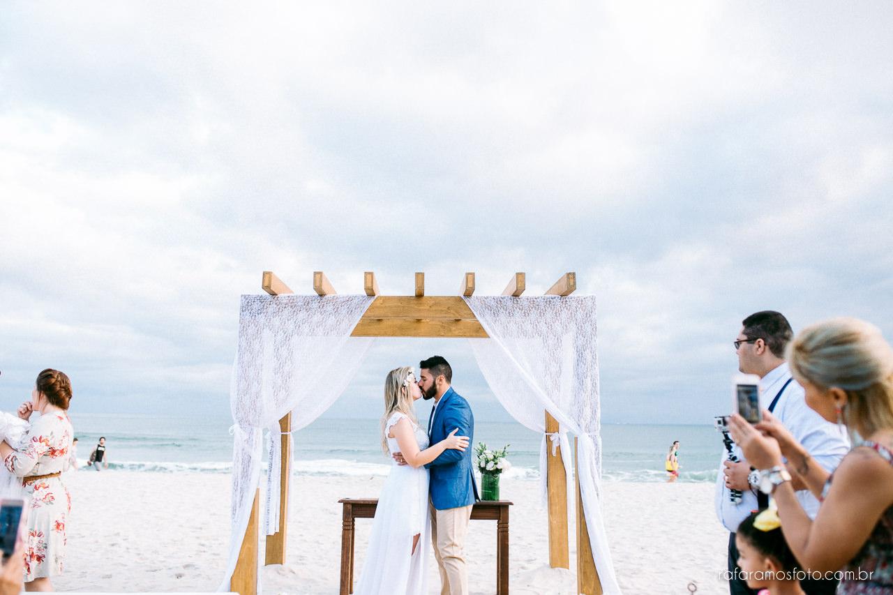 Casamento em Maresias, Hotel Coconuts, Casamento pé na areia, fotografo de casamento em Maresias , Fotógrafo no litoral norte, são sebastiao, Destination wedding Maresias, Casamento na praia, inspiração decoração casamento na praia, Casar na praia, Ramos Fotografia de Casamento, fotografia de casamento no litoral 00036