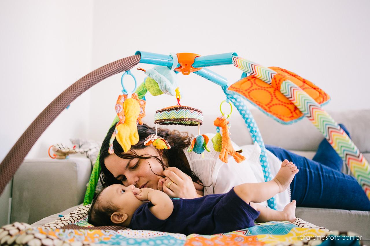 ensaio de família em casa, ensaio documental de família, book de família, fotógrafo de casamento e família zona leste, fotografo parque do carmo, bebê 3 meses, ensaio de família com cachorro, acompanhamento infantil 00005