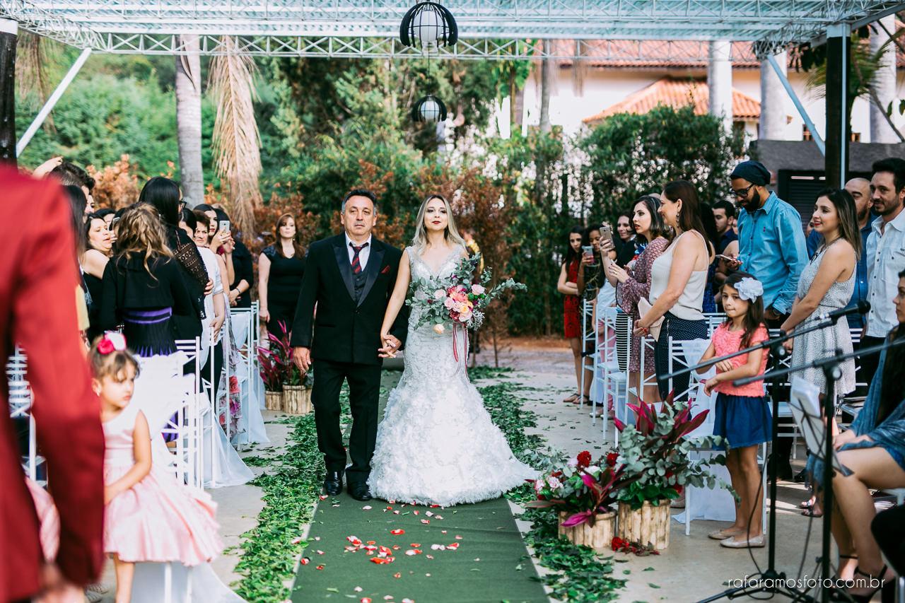 casamento boho chic casamento ao ar livre inspiracao roupa noivo terno marsala fotografo de casamento interior sp 131
