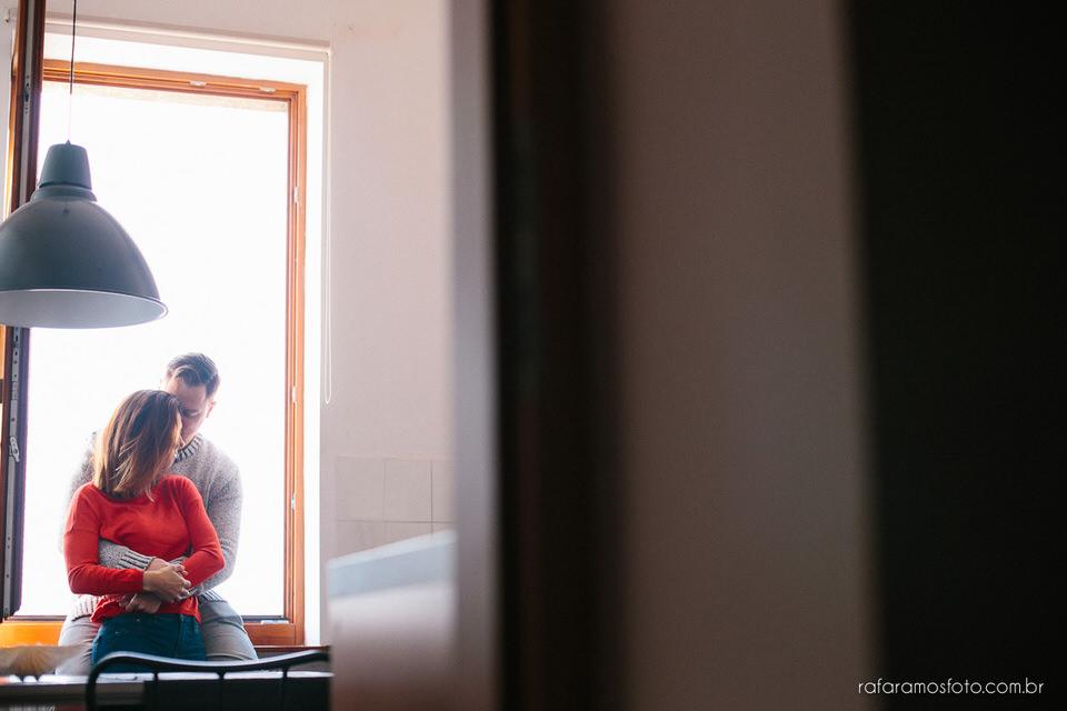 ensaio de casal, ensaio fotografico casal, ensaio pre wedding, ensaio em casa, ensaio de casal em casa, ensaio fotografico de casal em casa, pre wedding em casa, ensaio casal intimista, ensaio fotografico em casa, rafa ramos, rafa ramos fotografia