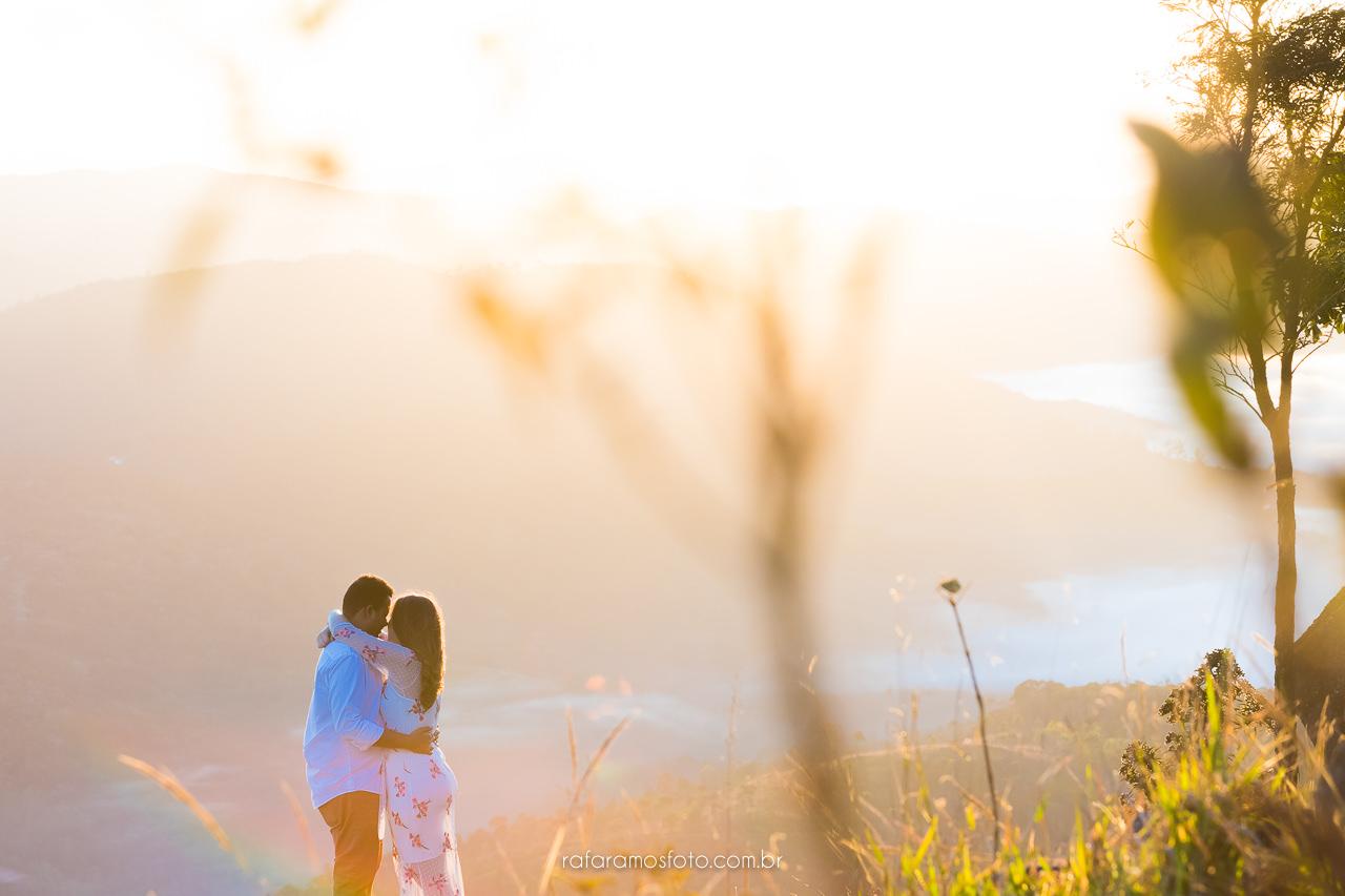 ensaio casal na natureza ensaio pre wedding pre casamento serra da cantareira fotografo em mairipora ensaio pre wedding ao ar livre fotografo de casamento em mairipora Rafa Ramos Fotografo Rafael Ramos