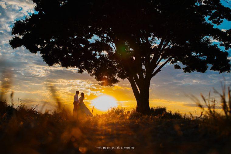 Ensaio de casal no campo | Thais e Roberto