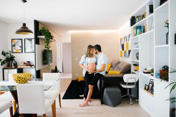 Aline e Mauricio | Ensaio Gestante em casa