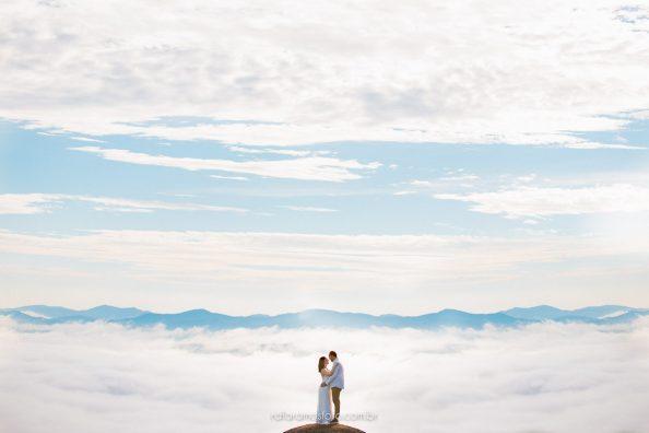 Ensaio de casal ao ar livre | Ensaio casal nas montanhas